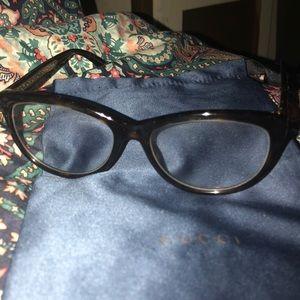 174586a4088 Gucci Accessories - Women s Gucci eyeglasses in leopard print